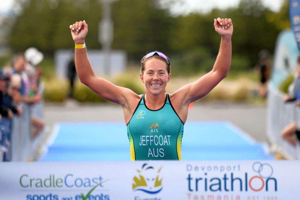 Emma Jeffcoat vince il 28 febbraio 2021 i Campionati Australiani di Triathlon Sprint