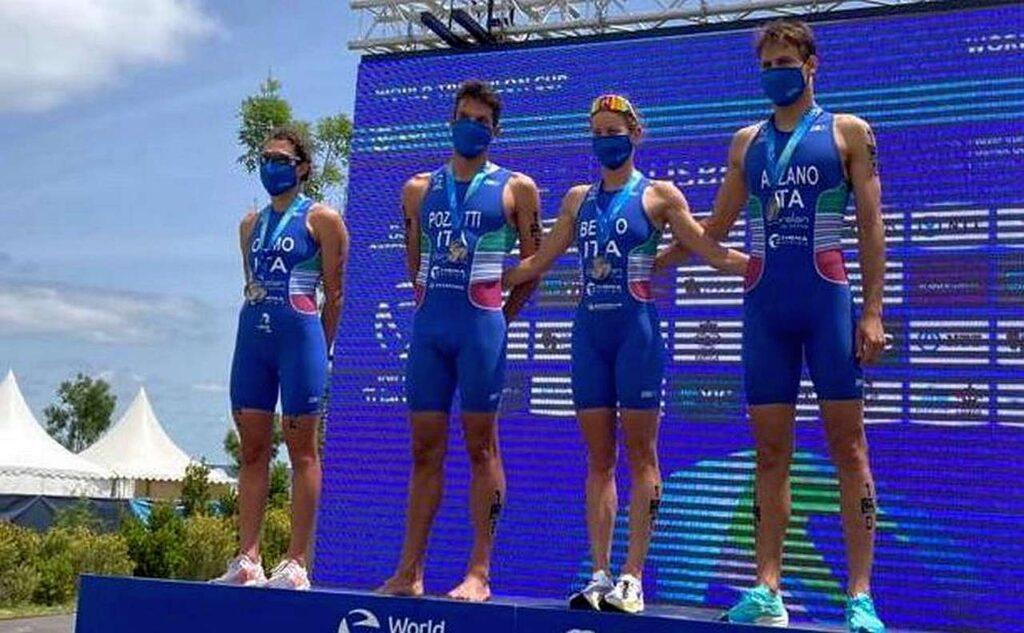 Gianluca Pozzatti, Nicola Azzano, Alice Betto e Angelica Olmo, i 4 azzurri che a Lisbona il 21 maggio 2021 hanno conquistato il pass olimpico nella prova di staffetta mista