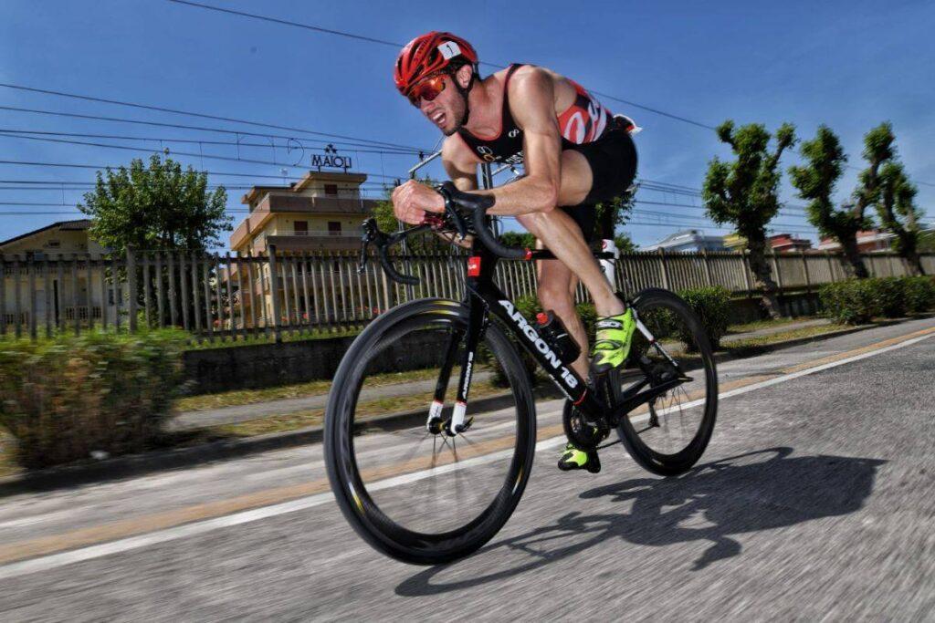 Riccardo Brighi chiude al secondo posto il Challenge Riccione Triathlon Sprint di sabato 8 maggio 2021