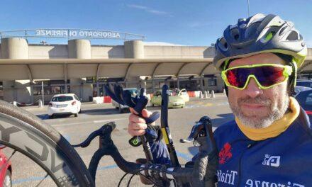 Biking with the wolf, pedalando da Firenze a Belgrado insieme a Wolfgango
