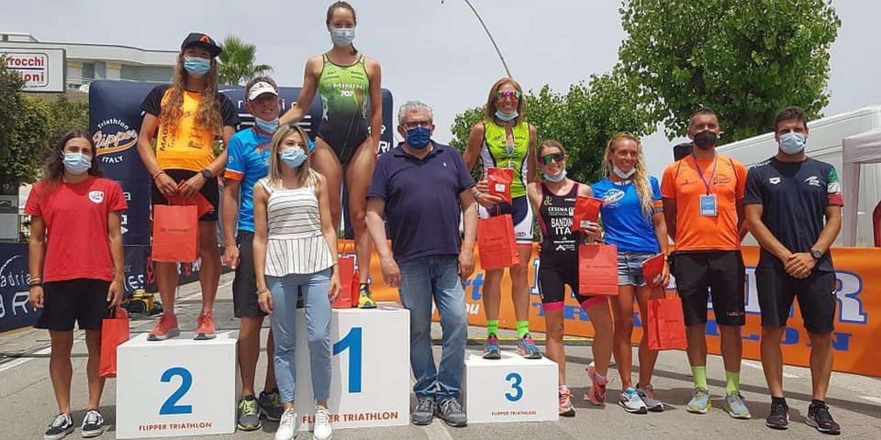 Lilli Gelmini e Michele Sarzilla conquistano il 5° Triathlon Olimpico Città di Alba Adriatica!