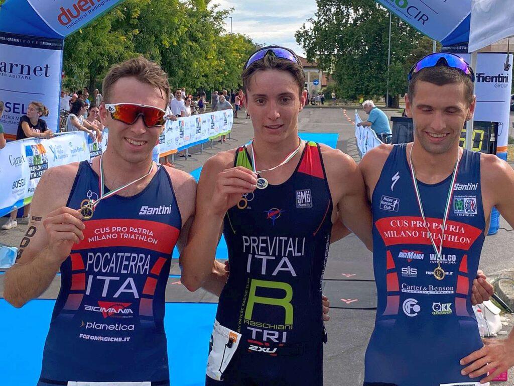 Il podio maschile del 1° Triathlon Sprint Città di Crema, Trofeo Piero Bernasconi: vince Thomas Previtali