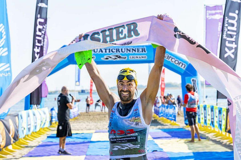 Ignasi Gironès Pujadas vince l'Aquaticrunner 2021 (Foto Roberto Del Bianco)